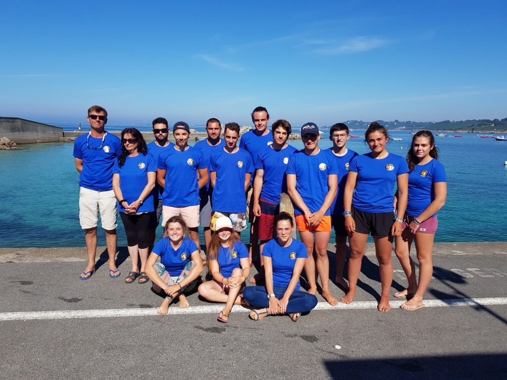 L'équipe des moniteurs 2018 du club Nautique de Plouguerneau