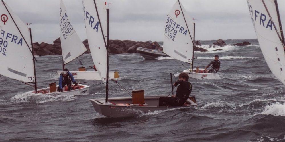 Cours de voile sportive à l'année au Club Nautique de Plouguerneau